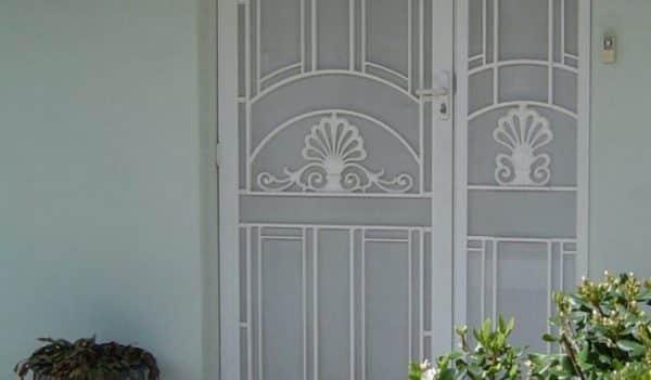 Decorative Colonial Casting Door